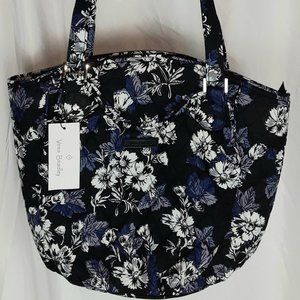 NWT Vera Bradley Glenna in Frosted Floral